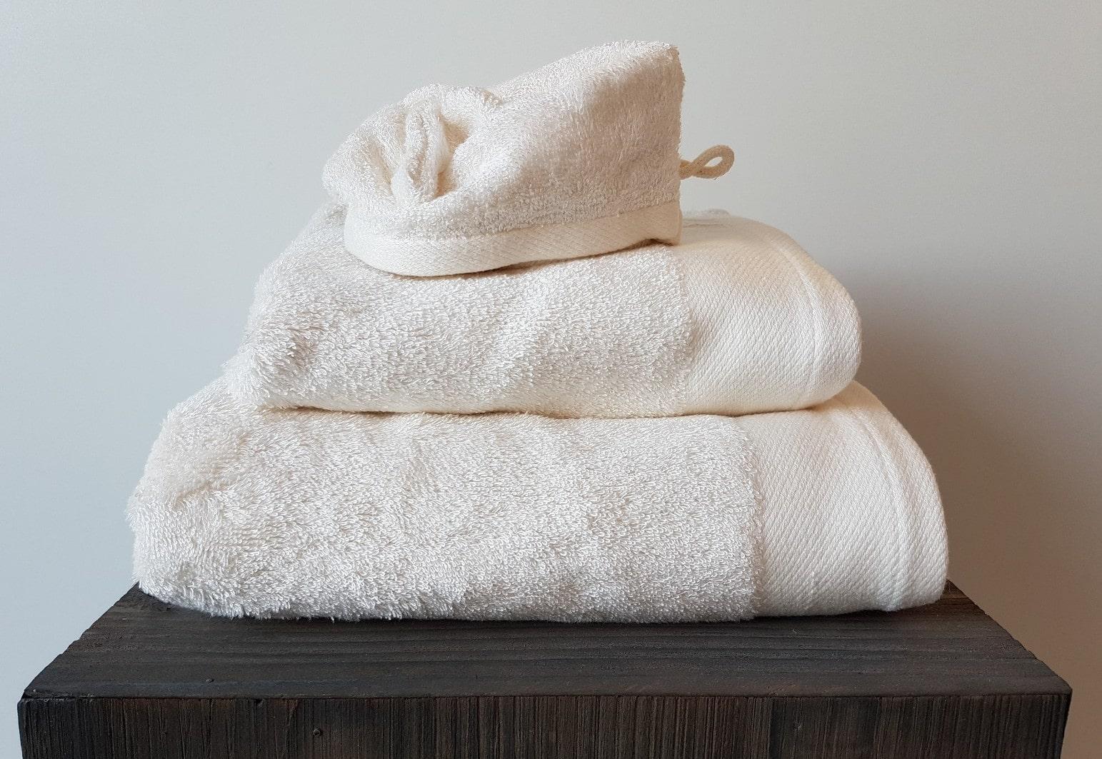 8367ff5c02c Handdoek Santens Bamboo Ecru - Steleman Textiel