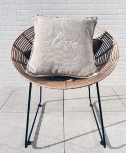 Damian Love kussen Tiseco Home Studio